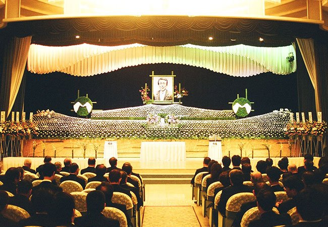 1990-09